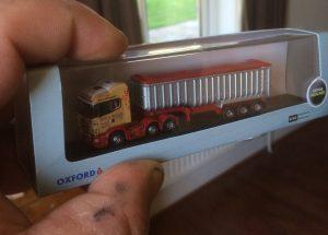 model grain lorry